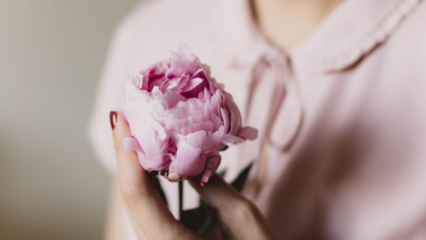 flower-pink-peony-blouse