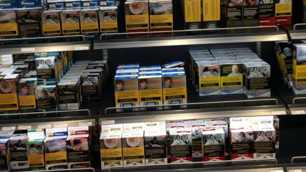 Canadian cigarette display at the airport.