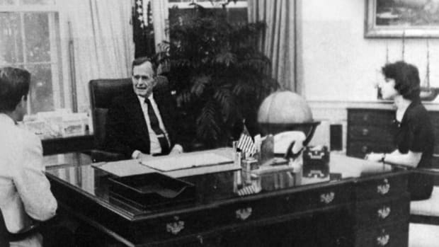 Rolf Benirschke meets President George H.W. Bush