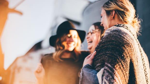 people-women-talking-laugh-happy