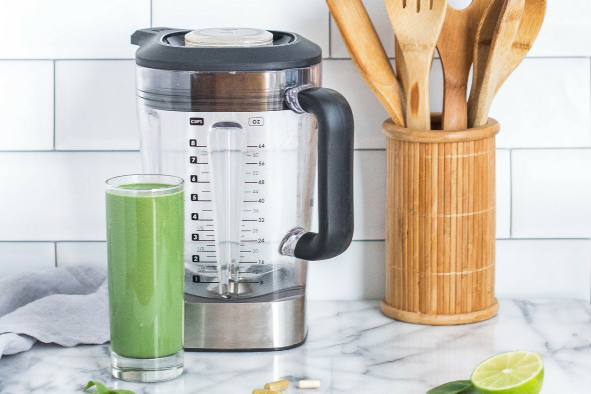 A combination of fresh leafy greens, flavorful fruit and a liquid base is all it takes to create a green smoothie.