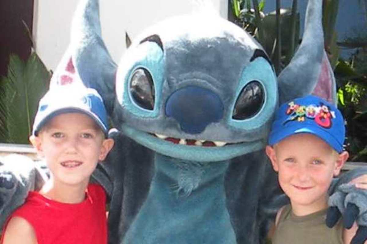 2008-Stitch-and-boys