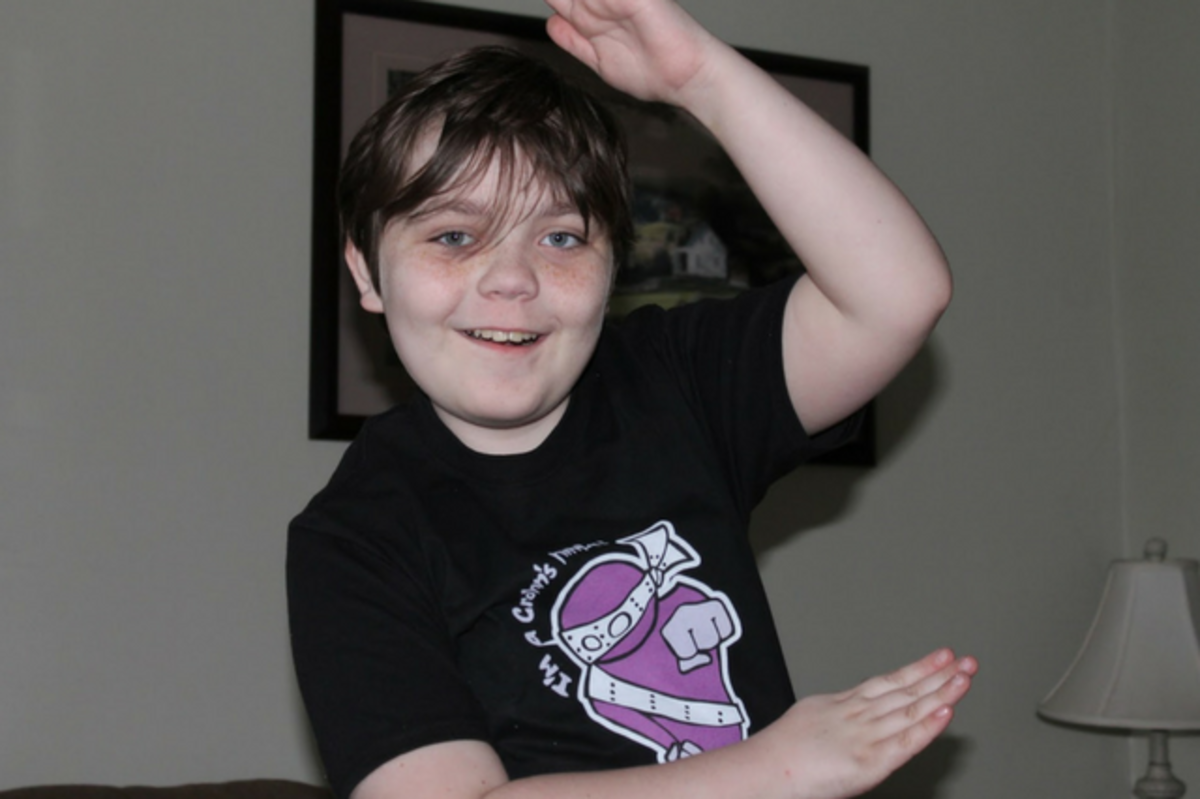 Jacob Ralson in Colitis Ninja t-shirt